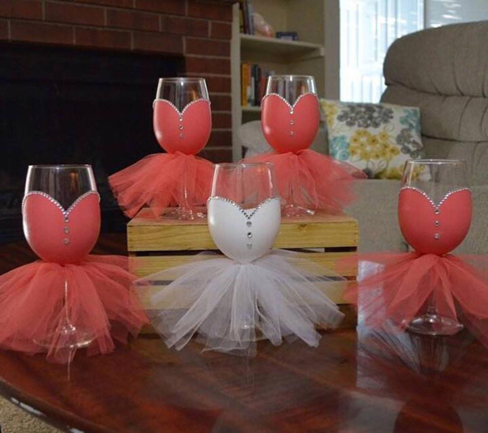 WEDDING WINE GLASSES For The Bride U0026 Bridesmaids! I LOVE This Ideau2026what Do  You Think?