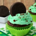 Thin Mint Cupcakes! [Girl Scout Cookie Copycat]