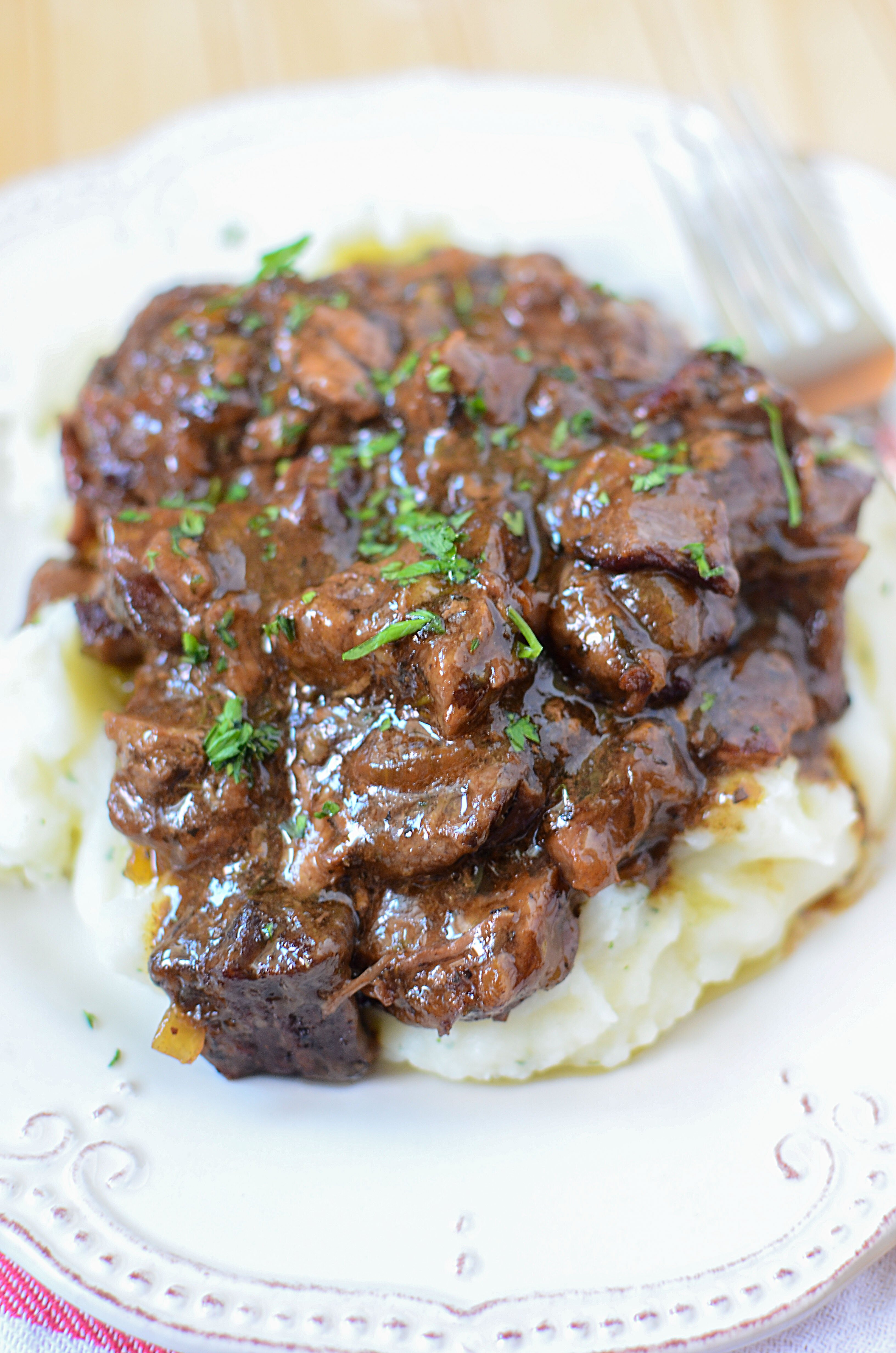 Slow Cooker Beef Pot Roast: Slow Cooker Sirloin Beef Tips In Mushroom Gravy