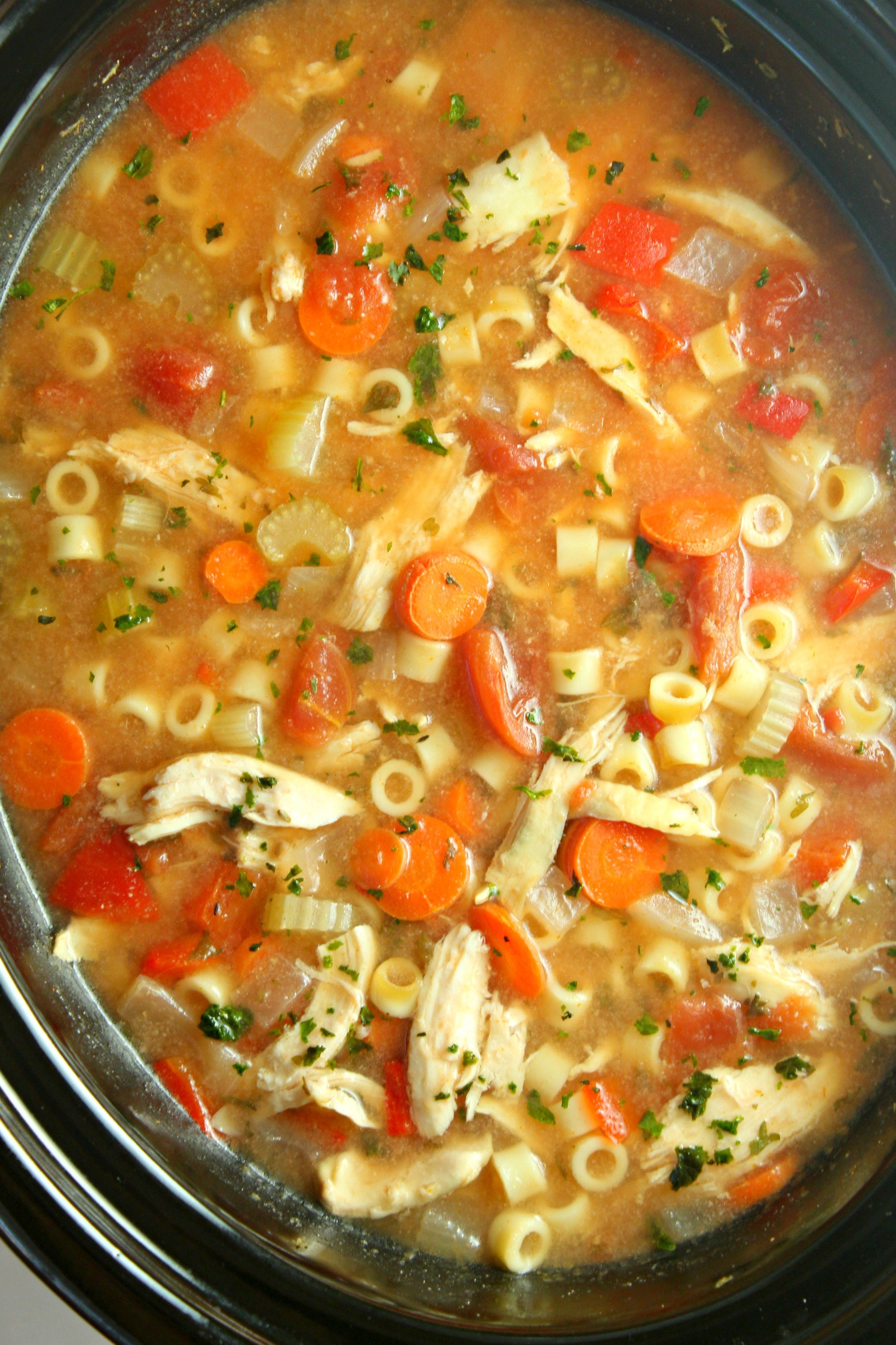 Slow cooker cilian chicken soup